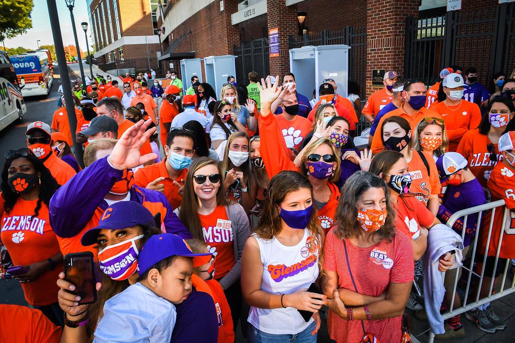 Clemson Photos: Fans, tigerwalk, 2020, Football, Syracuse
