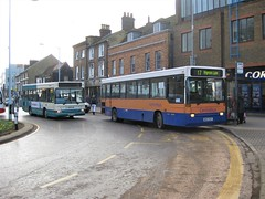 Photo of Centrebus M821RCP and Arriva The Shires V287HBH