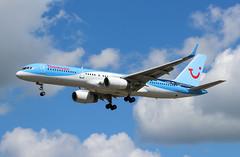 Photo of G-OOBA Boeing 757-28A Thomson Airways