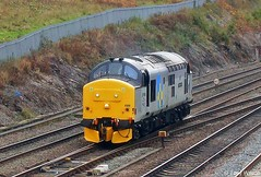Photo of Locomotive Services Limited on hire Class-37 37688 'Great Rocks'
