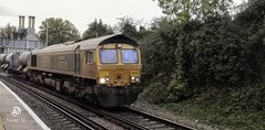 Photo of GBRF 66772 leads 66741 on 3W75 through Aylesford station