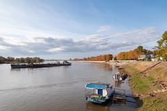 Dok jesen prema Dunavu plovi...