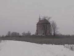 Zichy-kápolna near Lórév