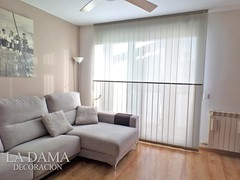 """CORTINA VERTICAL SALÓN MODERNO • <a style=""""font-size:0.8em;"""" href=""""http://www.flickr.com/photos/67662386@N08/50550155251/"""" target=""""_blank"""">View on Flickr</a>"""