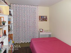"""CORTINA DE MARIPOSAS PARA DORMITORIO INFANTIL • <a style=""""font-size:0.8em;"""" href=""""http://www.flickr.com/photos/67662386@N08/50550283202/"""" target=""""_blank"""">View on Flickr</a>"""