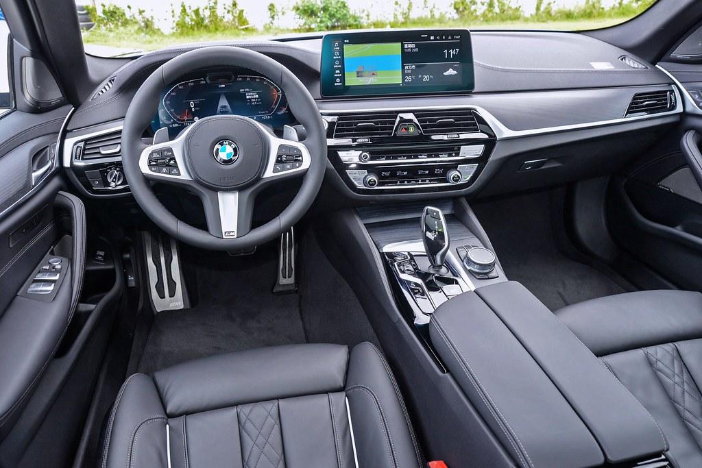 BMW 5 201029-25