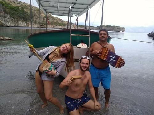 #Barcaelettrica 🌞#solare 🚤 #seax1  #elettrovelocipedialberti #novembre #2020 #baiadegliinfreschi 🌅 #tamburello #organetto 🎹 #zucu #putipu  🎶 #raganella 🎥#elettritv💻📲 #mus