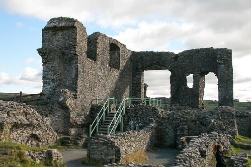 Kendal Castle interior - Manor Hall complex  3