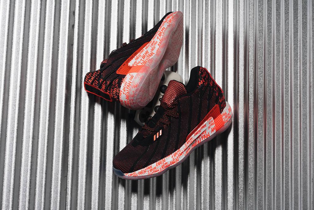 4. adidas Basketball推出Damian Lillard第七代簽名戰靴Dame 7,搶眼橘紅配色 X 球星霸氣宣言,趁著雙11期間還可享3雙65折優惠