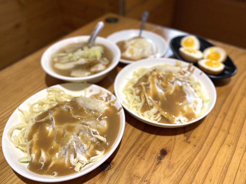 嘉義黃記涼圓涼麵