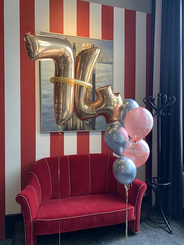 Ballonboeket Verjaardag 74 Jaar Hotel New York Rotterdam