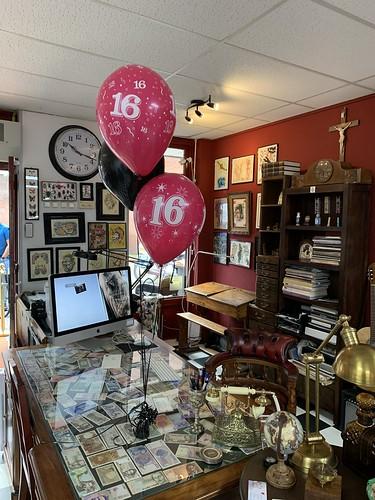 Tafeldecoratie 3ballonnen Jubileum 16 Jaar Tattoo Studio Art4Life Spijkenisse