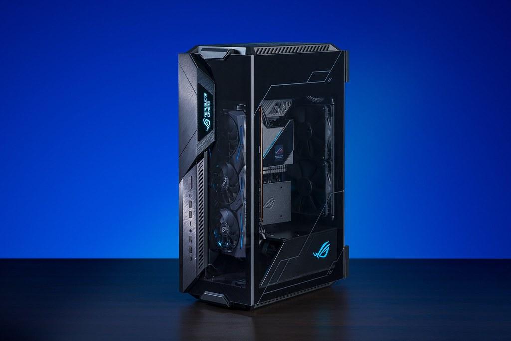 擁有「專利11度傾斜設計」獨家亮點的ROG首款Mini-ITX電競機殼「ROG Z11」,在萬眾期待下正式開賣!