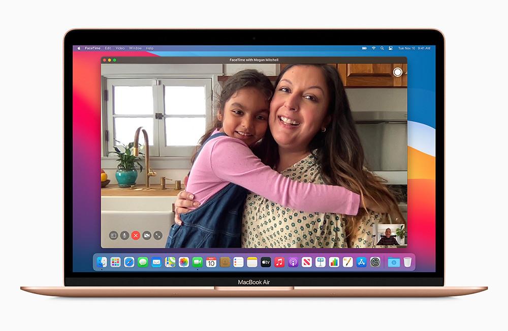 Apple_new-macbookair-gold-facetime-screen_11102020
