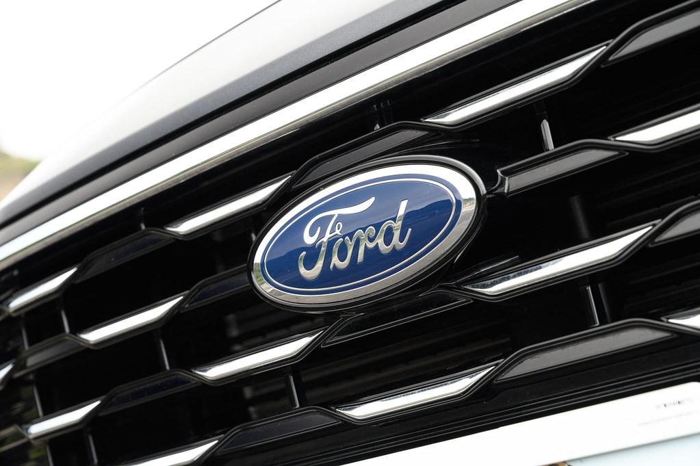 20201102_Ford KUGA_0028