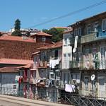 Casas y balcones