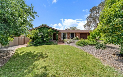 13 Edman Close, Florey ACT 2615