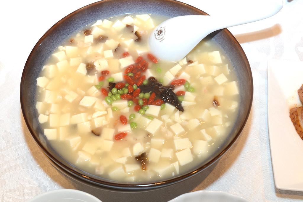 西華怡園四人桌菜