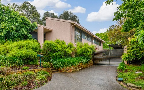 8 Tom Place, Charnwood ACT 2615