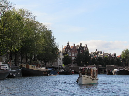 Amsterdam: A short tour by boat (Noord-Holland)