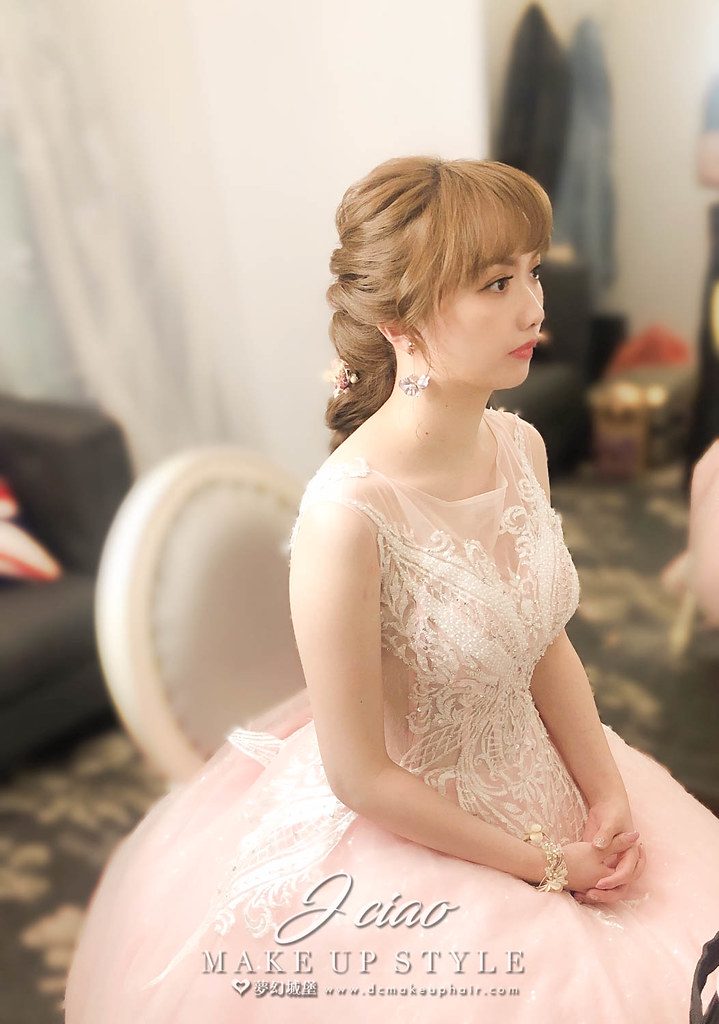 【新秘婕喬】bride品萱 訂結婚造型 / 龍鳳掛,韓系公主,乾燥花造型