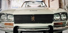 324/366 Close up of the front of the super stylish Peugeot 504