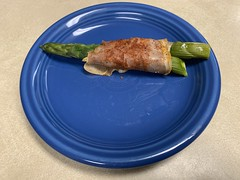 2020 322/366 11/17/2020 TUESDAY - Prosciutto Wrapped Asparagus