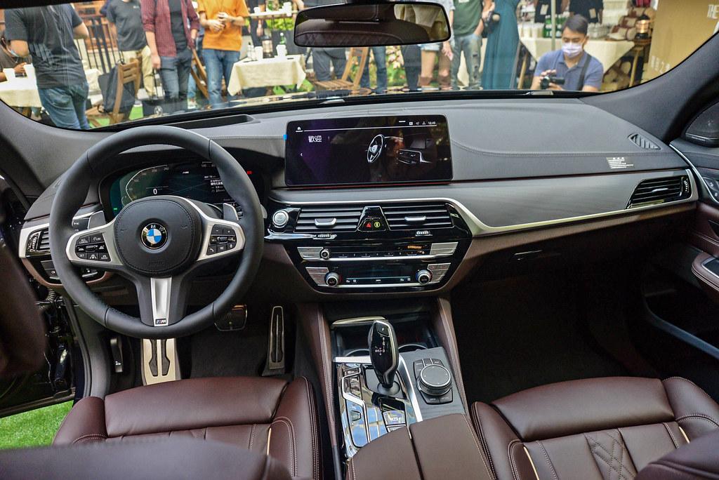 BMW 6 201119-13