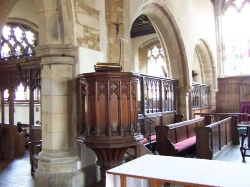 stlawrenceschurch-inside-pulpit