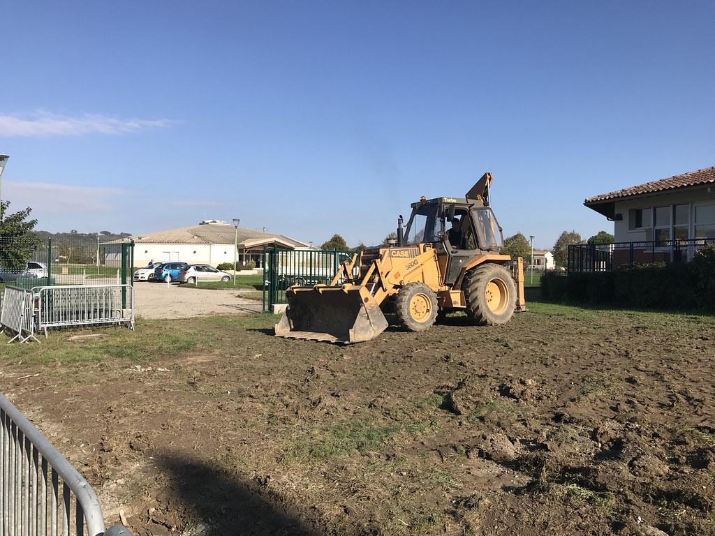 Travaux d'aménagement dans l'enceinte de l'école
