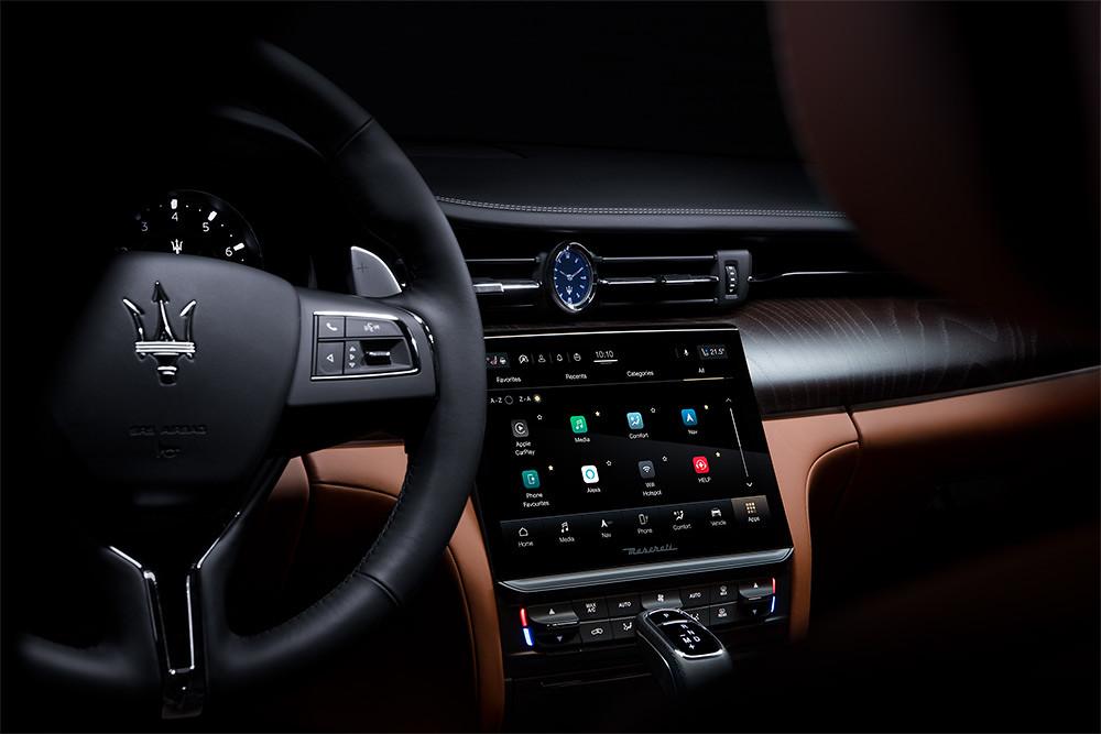 Maserati 201119-3