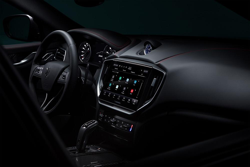 Maserati 201119-2