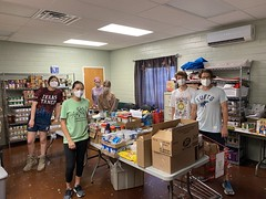 NHS members sort our donation at the Hope Food Pantry!