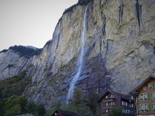 Staubbachfall, 200m. Lauterbrunnen (Oberland bernés)