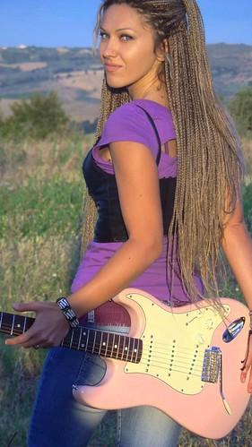 Morgana blues 🎸#chitarrista #cantante  #blues 💋 #rock #rocknroll 🎥#elettritv💻📲 #webtv #musicaoriginale #canalemusicale 🎶 #webtvmusicaoriginale #music #sottosuolo 🔊 #music #underground #playlist  :rais