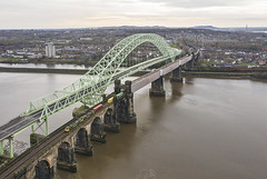 Photo of 86638+86639 Runcorn Viaduct