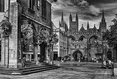 Photo of Cathedral Square in Mono