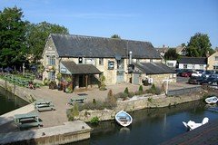 Photo of Riverside pub at Lechlade