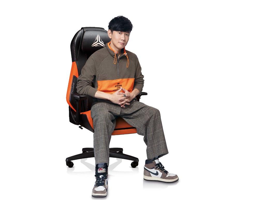 OSIM電競天王椅 天王林俊傑霸氣代言 全球形象照-2