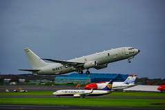 Photo of US Navy Poseidon P8 Leaps Over four Dreamliners and a 737