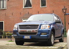 Ford Explorer from Italy