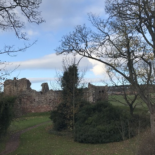 Hailes Castle - view from Brae Heads Loan
