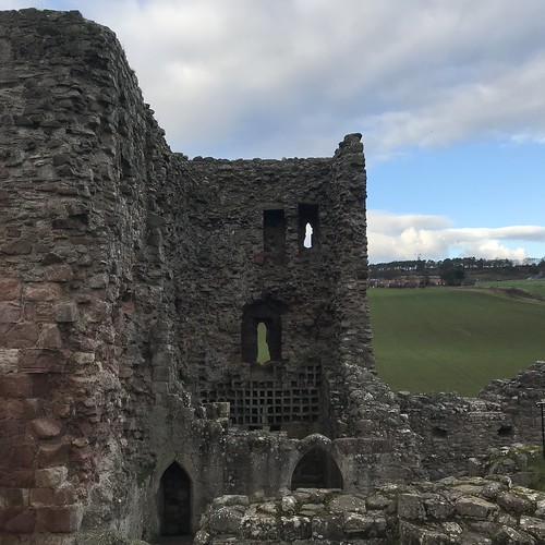 Hailes Castle - the Tower House