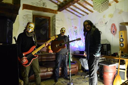 Stocasto #kurdistan #libero ⚠ #popolare #punk 🎸 #rock #balcanica 🎥#elettritv💻📲 #webtv #musicaoriginale #musicaitaliana 🎻#webtvmusicaoriginale #canalemusicale #playlist #sottosuolo #freekurdistan 🌈 #peace