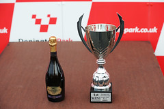 Trophy-02