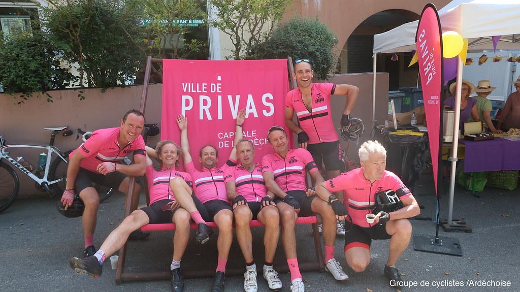 Groupe de cyclistes Ardéchoise
