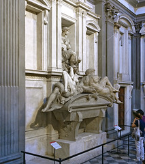 Michelangelo, Tomb of Giuliano de' Medici