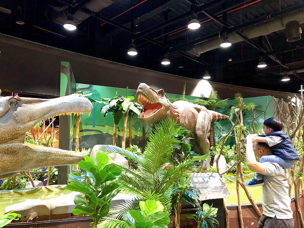 Jurassic 201211-1