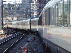 Train RegioExpress @ Quai @ Gare de Genève-Cornavin @ Genève