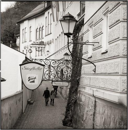 Stieglkeller Eingang Festungsgasse_Hasselblad 503cx